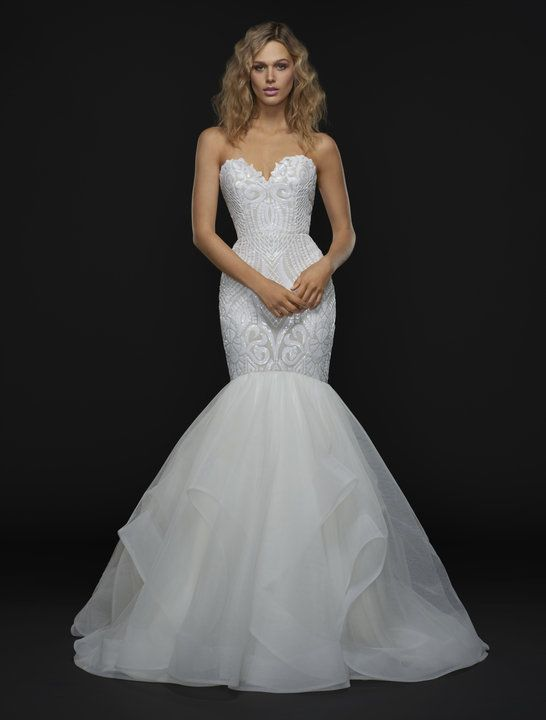Свадьба - Strapless Sweetheart Mermaid Gown With Beaded Bodice And Ruffled Skirt.