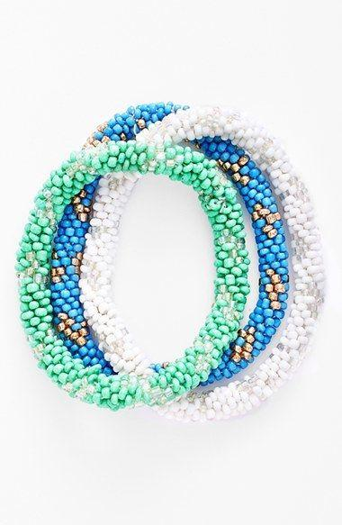 Свадьба - Spring Street Stretch Bracelets (Set Of 3)...I Remember Having Some Of These Growing Up! They Are So Cute And Bring A Splash Of Color To The…