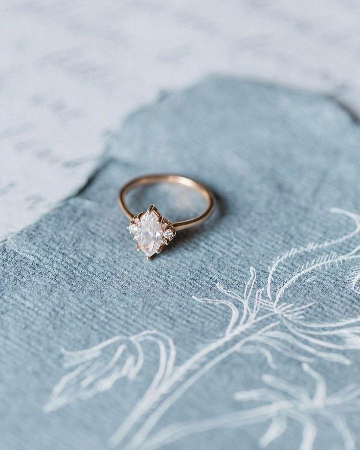 Hochzeit - Antique Engagement Rings