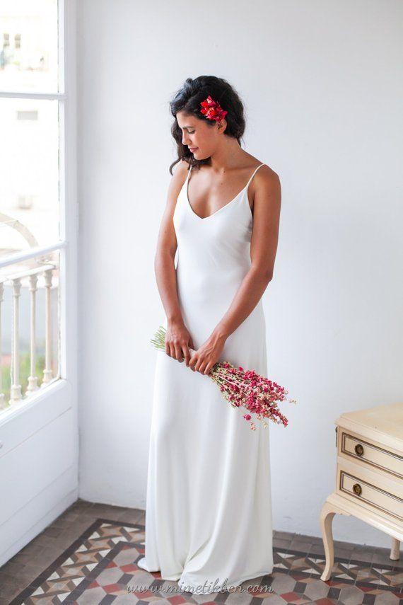 Mariage - Minimalist Wedding Dress, Wedding Dress With Straps, Simple Wedding Dress, Spaghetti Strap Wedding Dress, Ivory Long Dress, Long White Dress