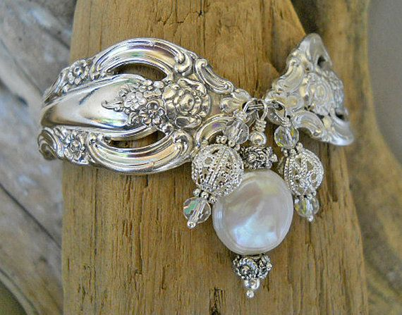 Hochzeit - Silver Artistry Silver Plated Spoon Bracelet With Genuine Coin Pearl