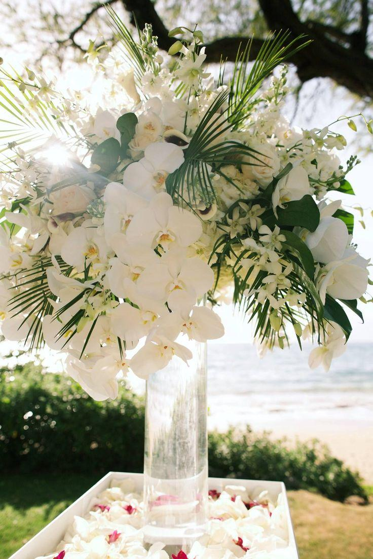 Hochzeit - White Orchid And Greenery Outdoor Wedding Flowers - Andaz Maui -Country Bouquets Maui - Anna Kim Photography