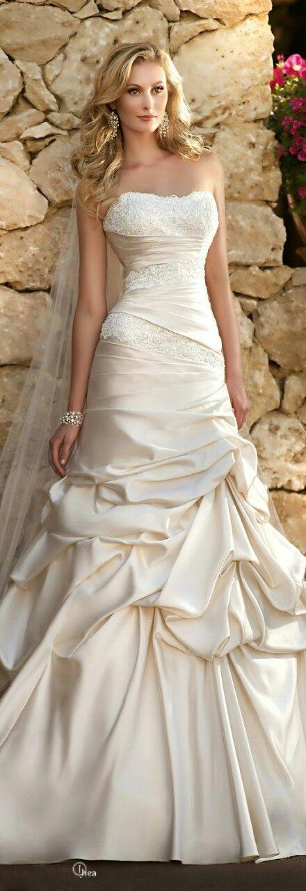 Wedding - Bruidsjurken