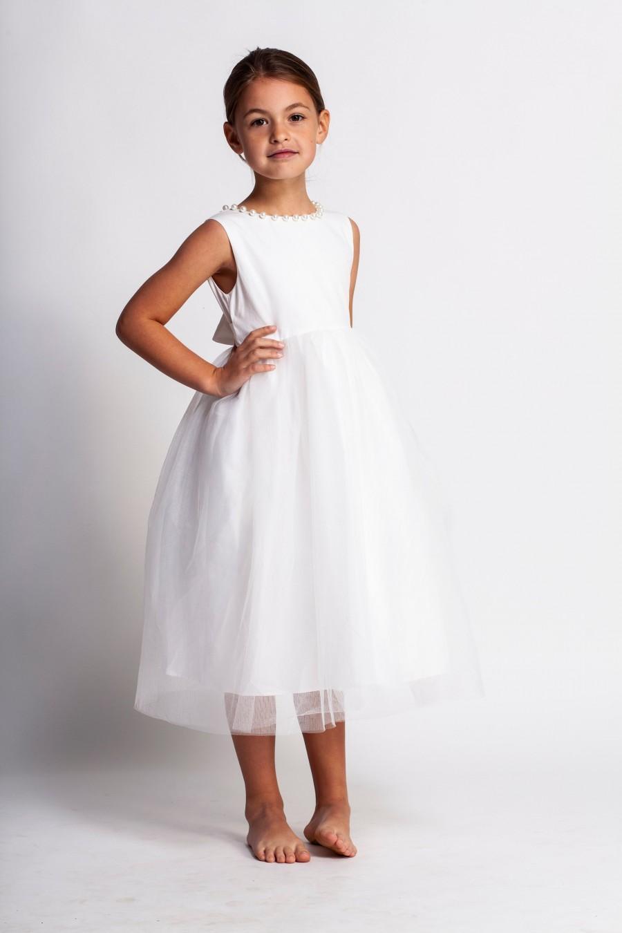 Hochzeit - Elegant flower girl dress,white flower girl dress,white tulle dress,girls dress,first communion dress,baptism dress,blessing dress,vintage
