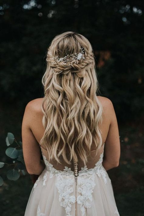 Hochzeit - 35 Trendiest Half Up Half Down Wedding Hairstyle Ideas