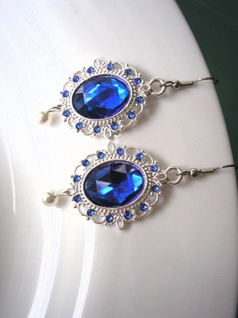Hochzeit - Indian Bridal Earrings, Swarovski Pearl, Pearl Earrings, Bridal Earrings, Emerald, Opal, Sapphire, Ruby, Fuschia, White Pearls, Cream Pearls