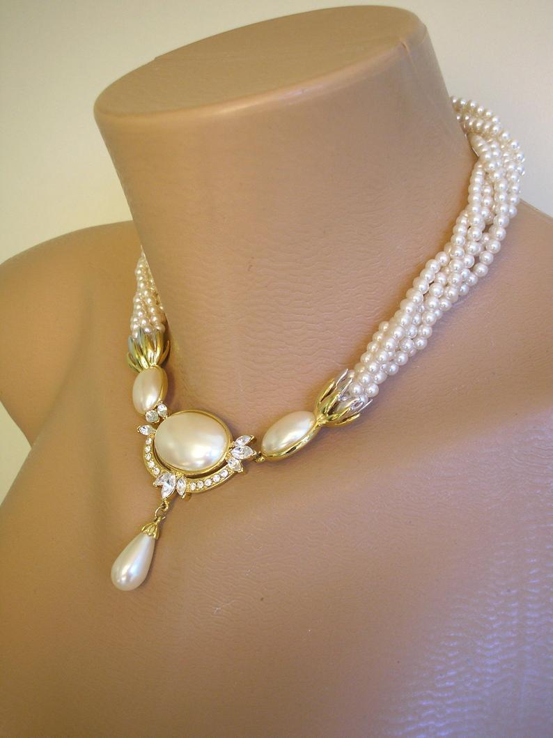 Hochzeit - Pearl Bridal Jewelry Set, Twisted Pearl Choker, Choker And Bracelet, White Pearl Choker, Pearl Drop Necklace, Vintage Bridal Pearls
