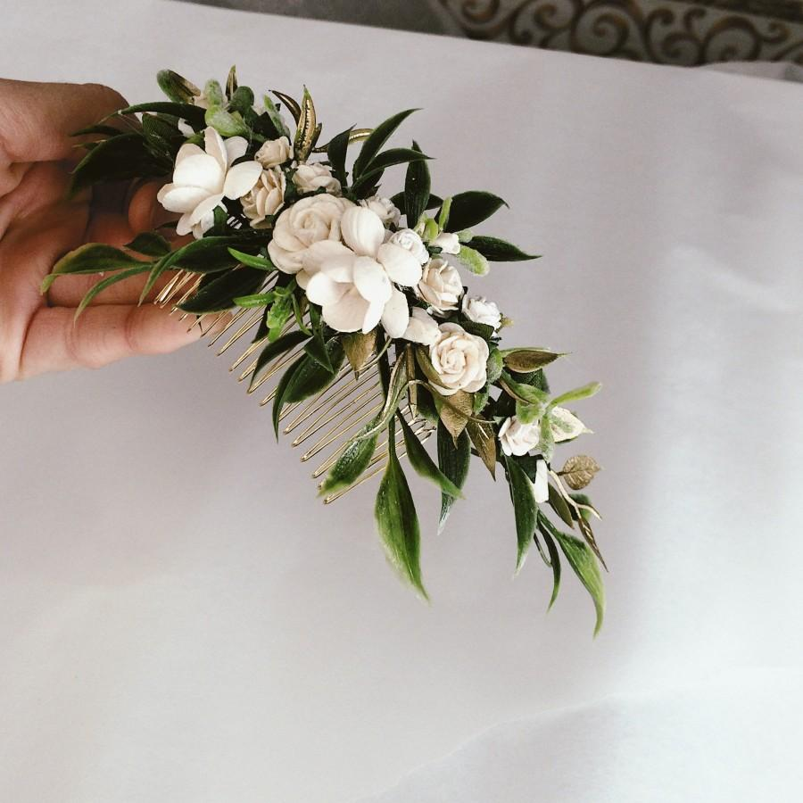 Hochzeit - Greenery and ivory headpiece, gold leaf hair piece, ivory hair clip, bridal hair piece, ivory quarter wreath, bridal hair vine, green and