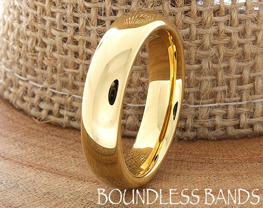 Mariage - Gold Tungsten Wedding Band Ring Domed  Plain High Polished Customized Tungsten Band Laser Engraved Ring Mens Womens His Hers Unisex Ring 5mm