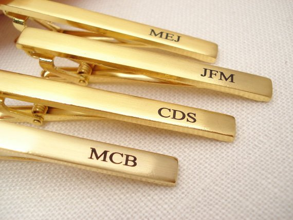 Mariage - Personalized Groomsmen's gift...Gold or Silver Stainless Steel custom engraved Tie Clip, Best mans gift, gift for him, Man's accessory