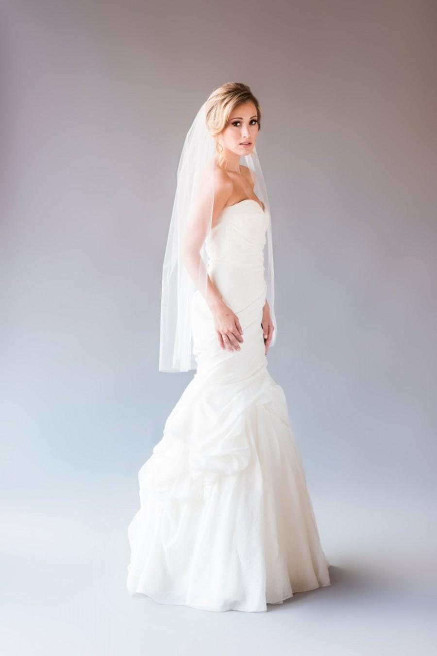 Mariage - Alexis Veil - Crystal Rhinestone Detail on Fingertip Length Wedding Veil, 3mm Clear Rhinestone, Bridal Veil, Short Veil, Single Tier Veil