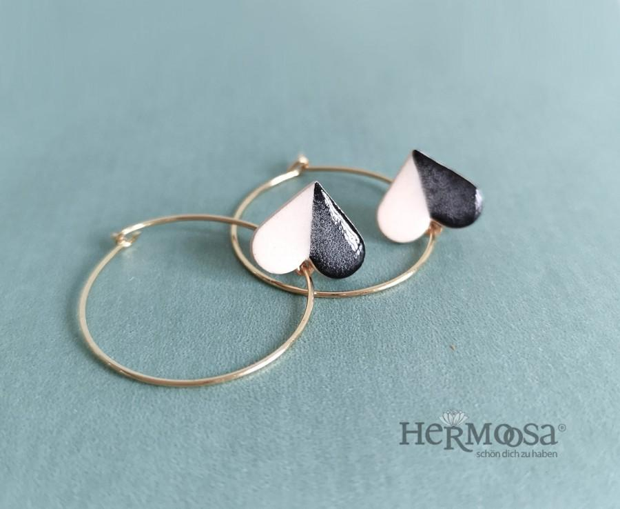 Hochzeit - Hoops * LADY OF HEART * Ceramic hearts - black/white/golden - baumeld - geometric jewelry - gifts for her