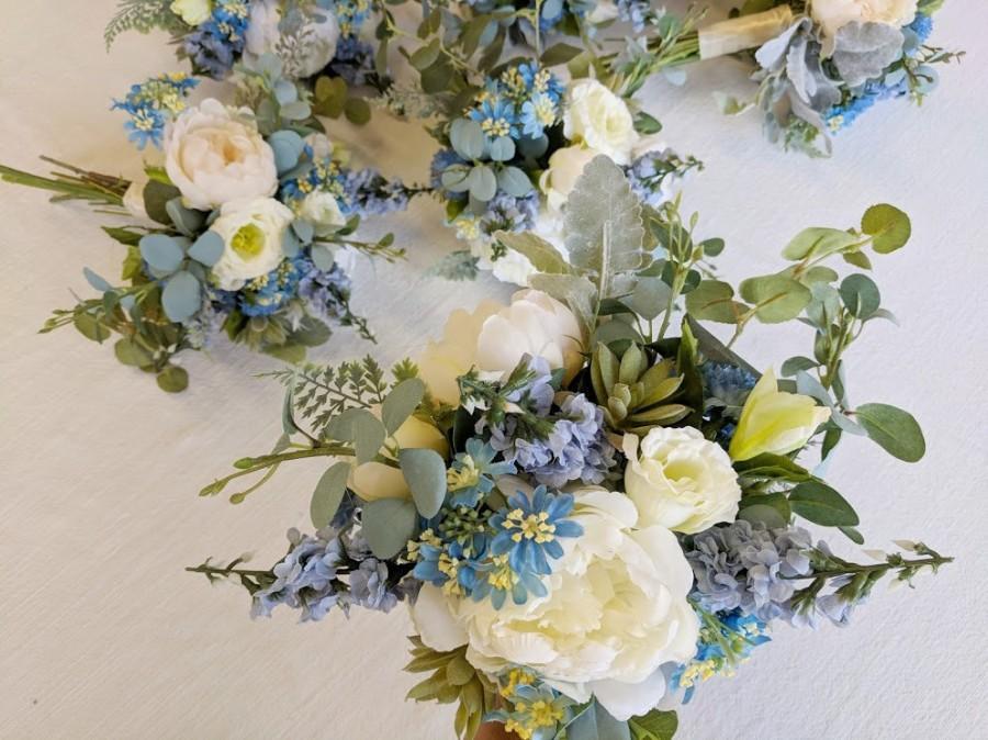 Mariage - Wedding Bouquet, Bridesmaid Bouquet, Wedding Flowers, Silk Flower Bouquet, Silk Flowers, Bouquet, Flower Bouquet, The Faux Bouquets
