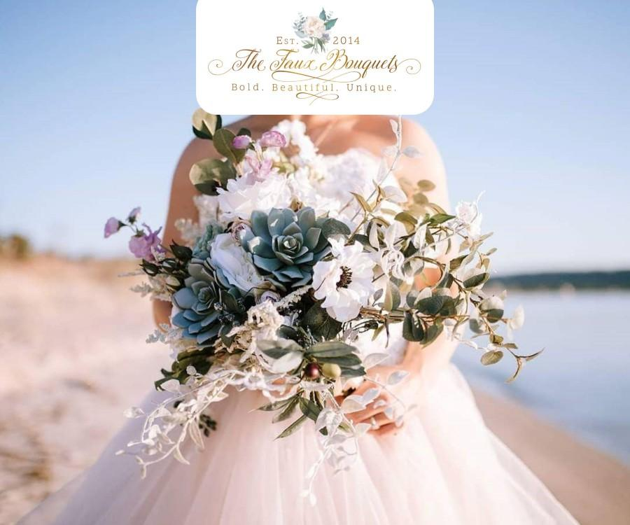 Свадьба - Wedding Bouquet, Bridesmaids Bouquet, Wedding Flowers, Boutonniere, Silk Flower Bouquet, Silk Flowers, Floral Garland, The Faux Bouquets