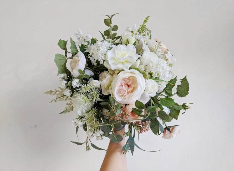 Mariage - Wedding Bouquet, Wedding Flowers, Silk Flower Bouquet, Silk Flowers, Bouquet, Flower Bouquet, Bridal Bouquet, The Faux Bouquets