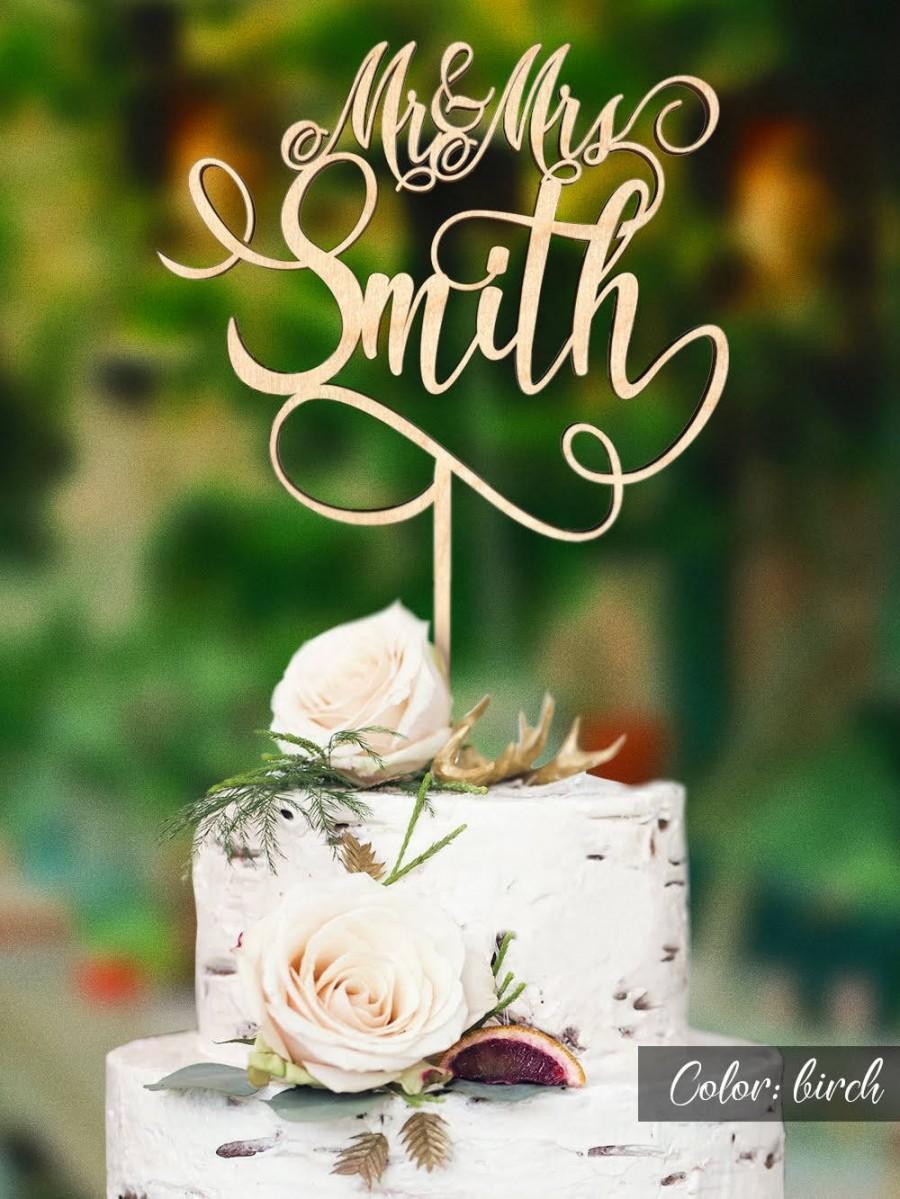 زفاف - Customized wedding cake topper with personalized surname.  Personalized wedding cake topper. Rustic wedding cake topper. Mr and Mrs topper.