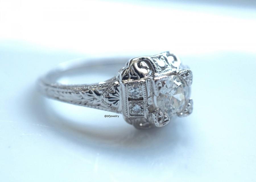 Mariage - Vintage Style Diamond Engagement Ring