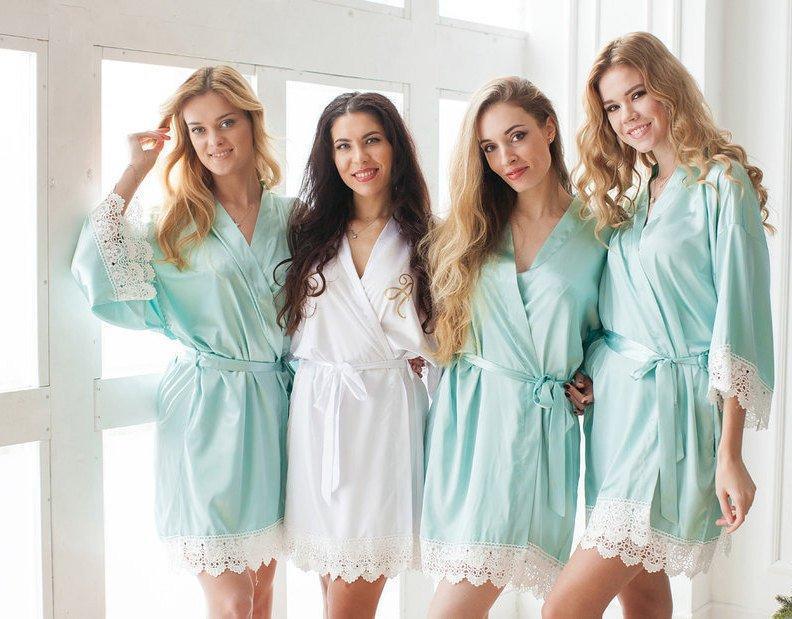 Wedding - Lace Bridesmaid Robes / Custom Bridesmaid Gifts / Bridal Robe / Wedding Robes / Bridal Party Robes / Lace Bride Robe / Getting Ready Robes