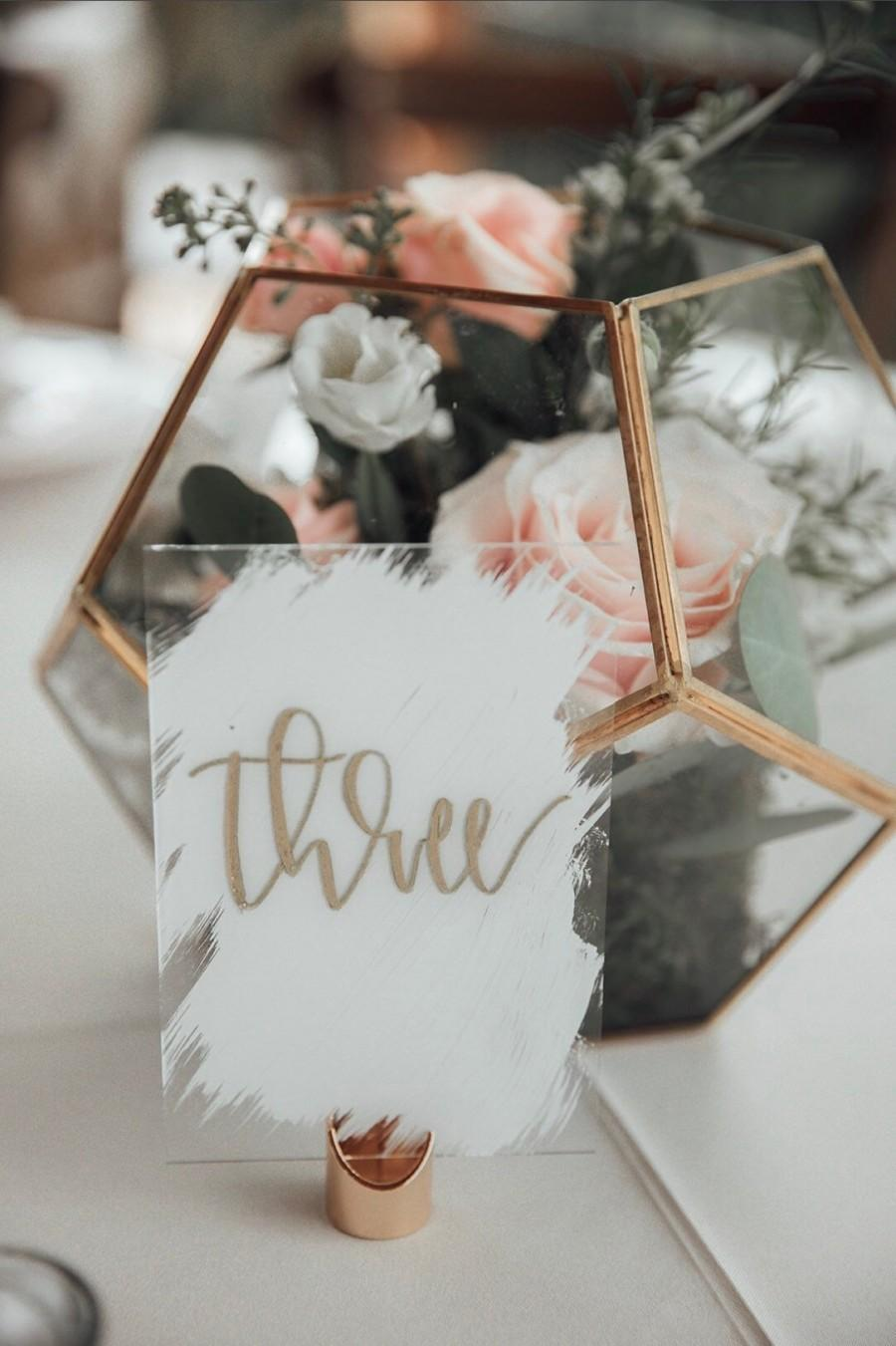 Свадьба - Acrylic Calligraphy Wedding Table Numbers