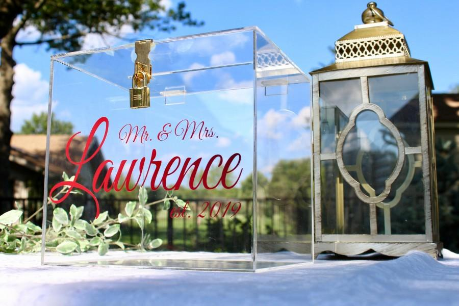 Свадьба - Lock and Key Personalized Acrylic Card Box I Wedding Card Box with Lock