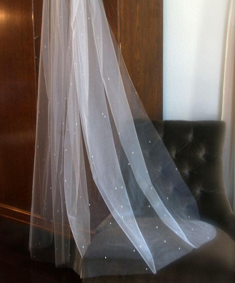 Wedding - Scattered Rhinestone Beaded Wedding Veil Fingertip Length Veil with Crystals White Light Ivory Blush Medium Veil Sparkle Veil Mid Length