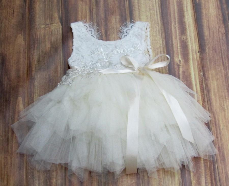 Mariage - Ivory flower girl dress Tulle White lace infant flower girl dress Baby girl dress Tutu Toddler dress Baby girl clothes Special occasion