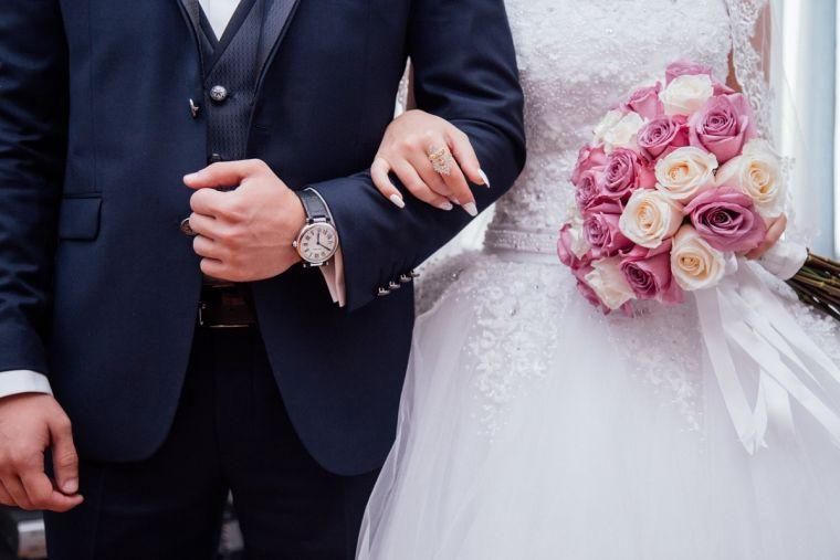 Hochzeit - Your Life Partner is Just a Few Steps Away with Christian Matrimony
