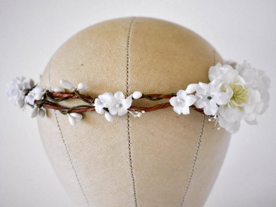 Свадьба - White flower crown White floral crown White bridal crown White silk crown Cherry blossom crown Boho wedding wreath White bridal wreath