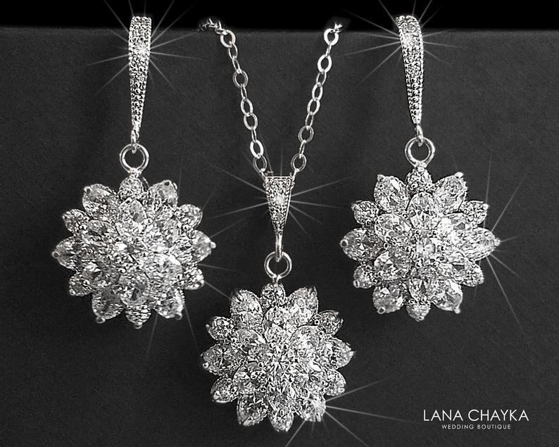 Mariage - Cubic Zirconia Bridal Jewelry Set, Crystal Flower Earrings&Necklace Set, Wedding Jewelry Set, Bridal Crystal Jewelry, Sparkly CZ Jewelry Set