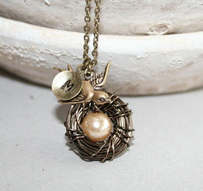 Mariage - Bird Nest Necklace with Personalized Initial, Mothers Day Gift, Baby Nest Necklace, Bird Necklace, Mom Kids Necklace