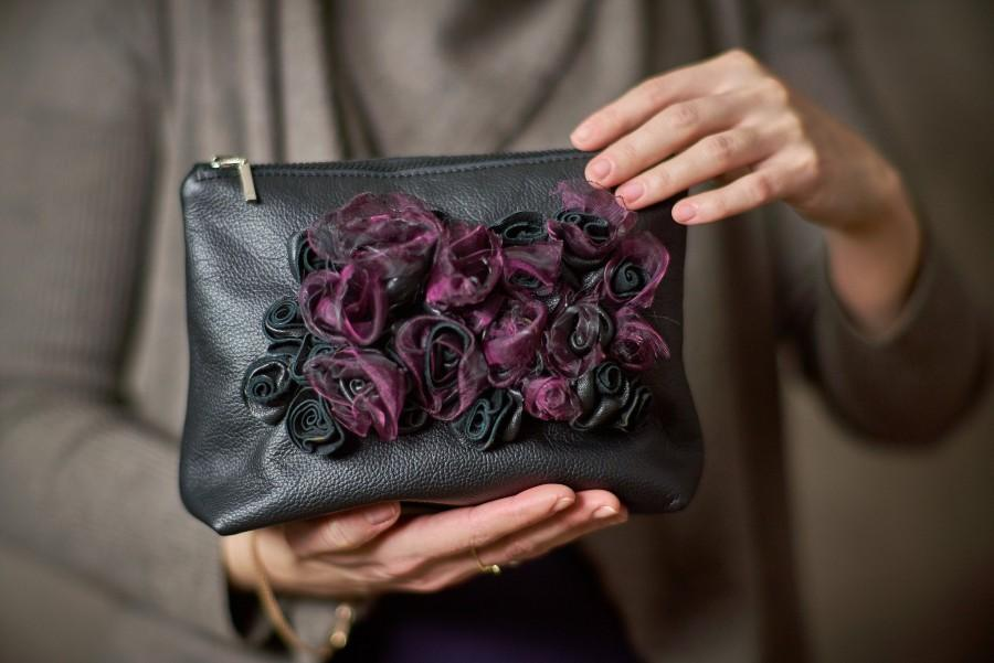 Mariage - Leather Handbag Black and Purple Leather Clutch Purse Evening Bag with flowers Mothers Day Gift for her Bridal Shower Gothic Girlfriend Gift