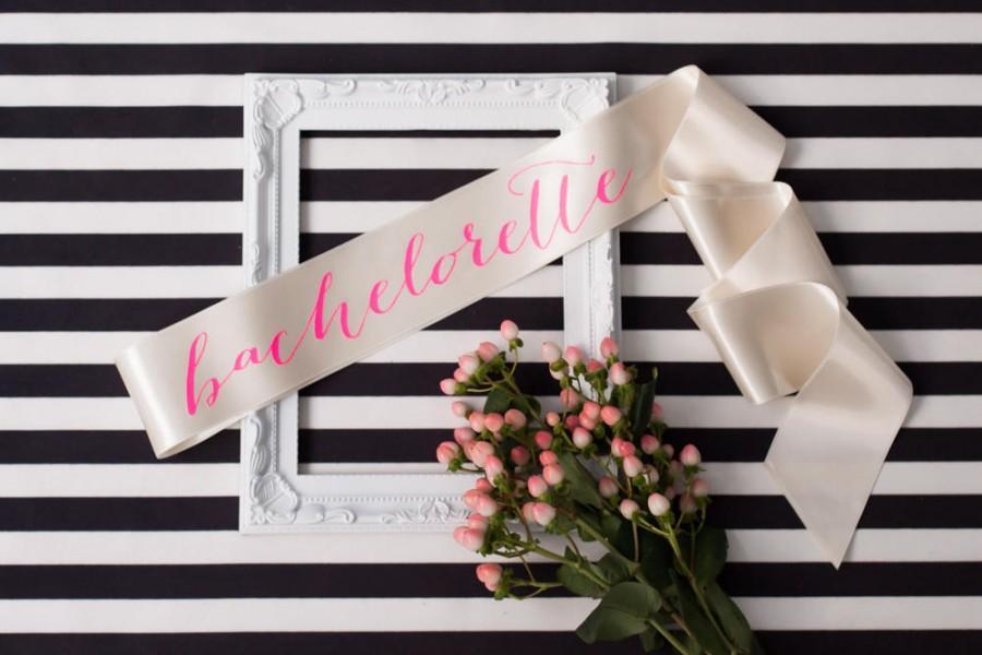 Wedding - Bachelorette Sash, Pink Sash, Bridal Sash, Bride To Be Sash, Bachelorette Party, Future Mrs Sash, Bridal Shower, Party Sash, Wedding Sash