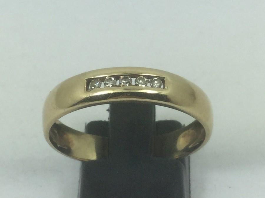 Hochzeit - 10k Gold & Diamond Engagement / Anniversary Ring