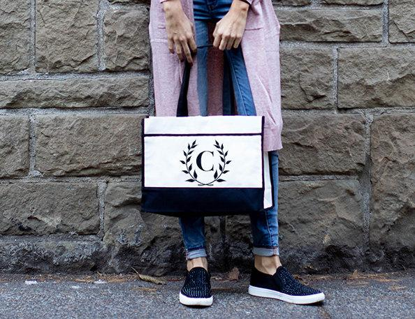 Mariage - Monogram Tote Bag Bridesmaid Totes, Personalized Tote Bags for Women, Bridesmaid Tote Bag With Pockets, Personalized Tote Bag Bridesmaid