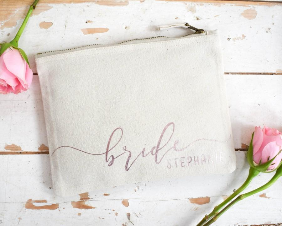 زفاف - Bride Gift - Personalised Wedding Make Up Bag - Bridesmaid Maid of Honour Gift - Unique Gift for Bridal Party, Makeup Cosmetic Bag, Wife Mrs
