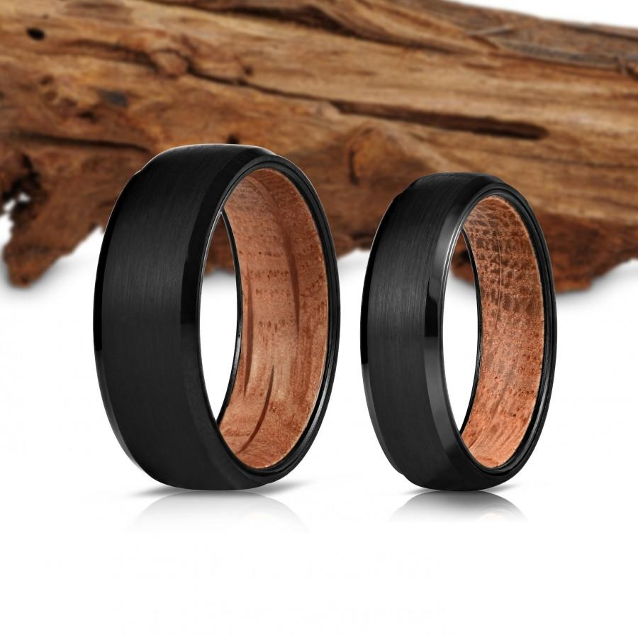 Hochzeit - Black Wood Ring, Wooden Ring for Men, Tungsten Carbide Ring, Wood Wedding Band, whisky barrel, Wood Ring, Black Ring, Wedding Band, 8mm, BT