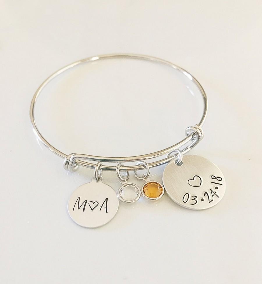 Mariage - Bridal Shower Gift for Bride - Anniversary Gift for Wife - Personalized Date Bracelet - Bride Bracelet - Stamped Bangle Bracelet