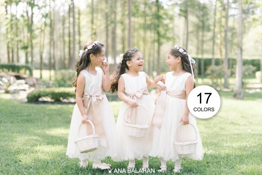 زفاف - Flower girl dress, Baptism Toddler Kids Girl Satin Tulle Dress IVORY color for First Communion Wedding Birthday Junior Bridesmaid ADELINA