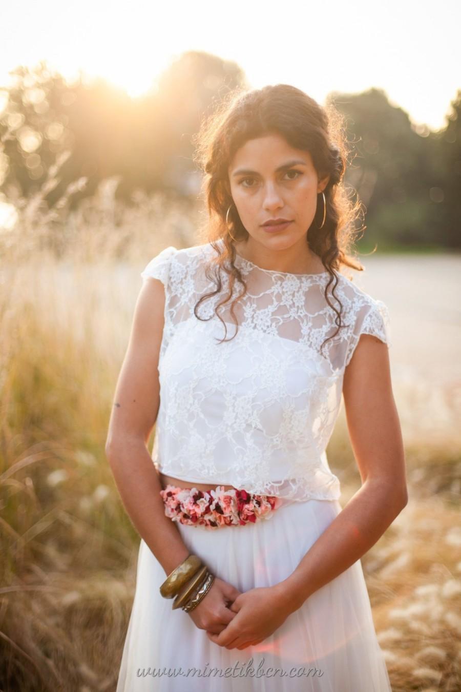زفاف - Lace bridal crop top, Lace bridal topper, Frill sleeve wedding top, Bridal top with short sleeve, Crop top for wedding dress, Wedding topper