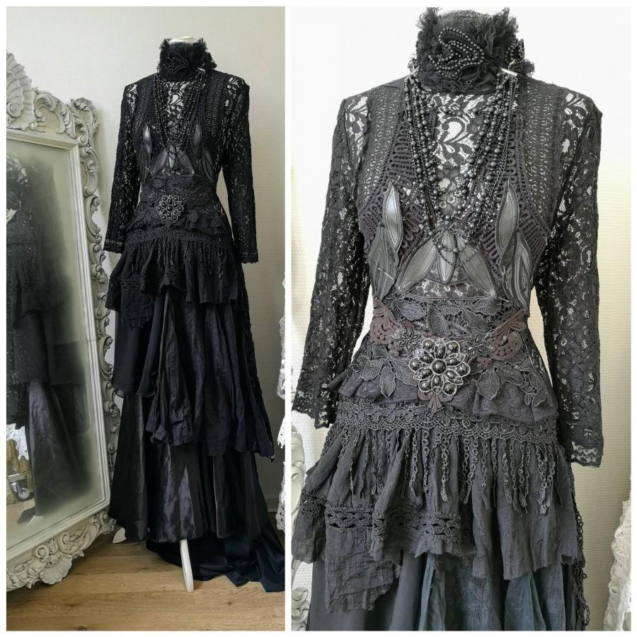 زفاف - Black wedding dress,Gothic bridal gown,Vampire gown,witches wedding dress,black dress,sexy black dress, Burlesque ,corset