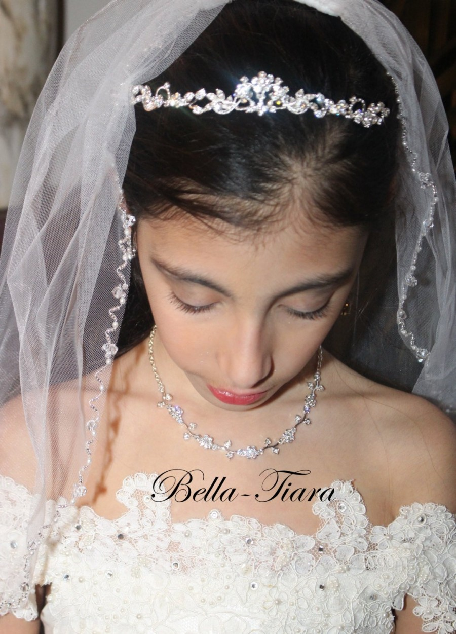 Mariage - pearl crystal communion veil, first communion veil,  communion veil with pearls and crystals, communion veil, communion veils
