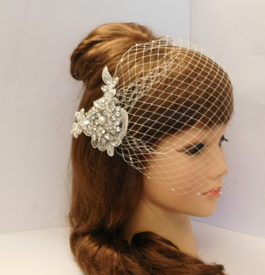 Mariage - birdcage veil  Gatsby 1920's Wedding Lace Crystal Hair Clip, Bridal Blusher 2 Pc Set Veil & 3D Crystal Lace Hair clip, Birdcage blusher veil