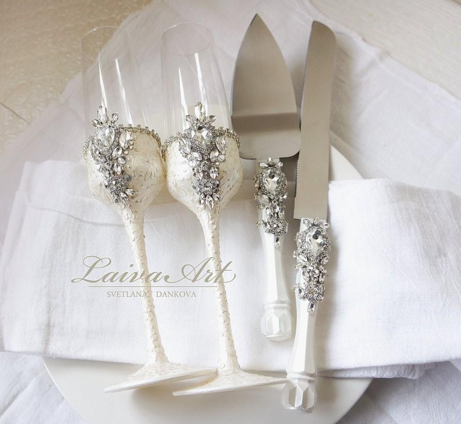 Wedding - Wedding Champagne Glasses Cake Server Set Wedding Flutes Cake Server Wedding Toasting Flutes Set of 4