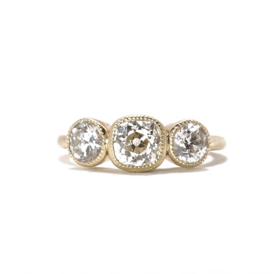 Engagement Ring Trilogy Diamond