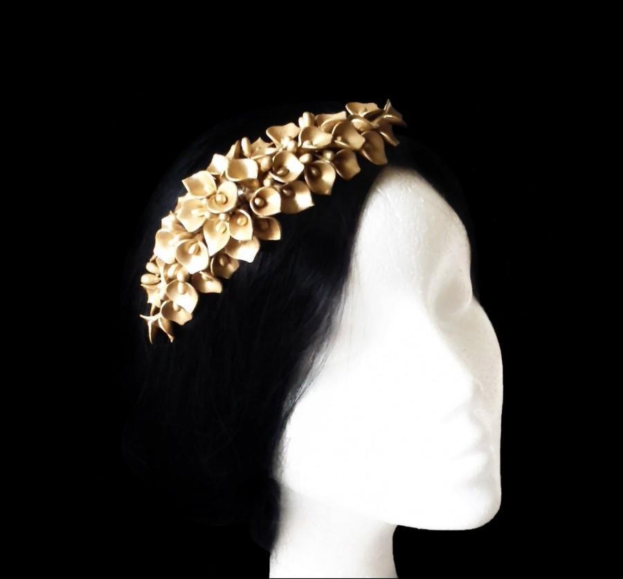 Mariage - Lily flowers hair comb. Bridal hair piece. Wedding headpiece.