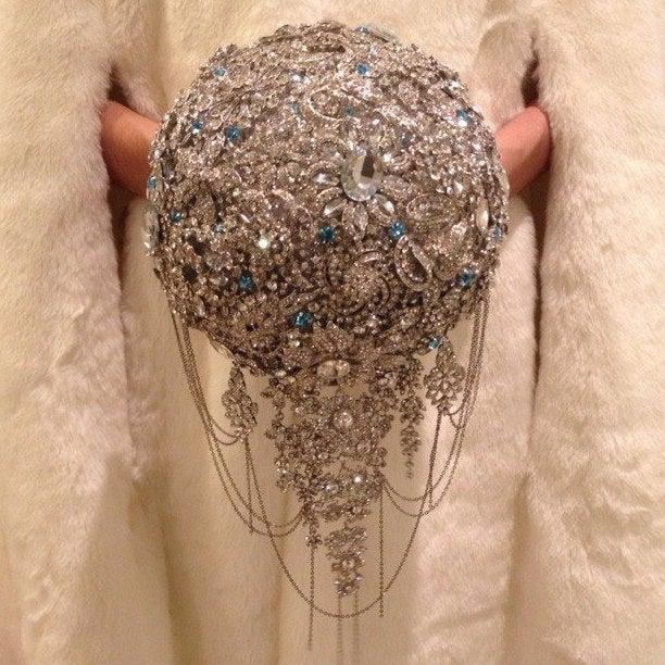 Wedding - Brooch Bouquet. silver crystal Bouquet, Unique Wedding Bridal Bouquet