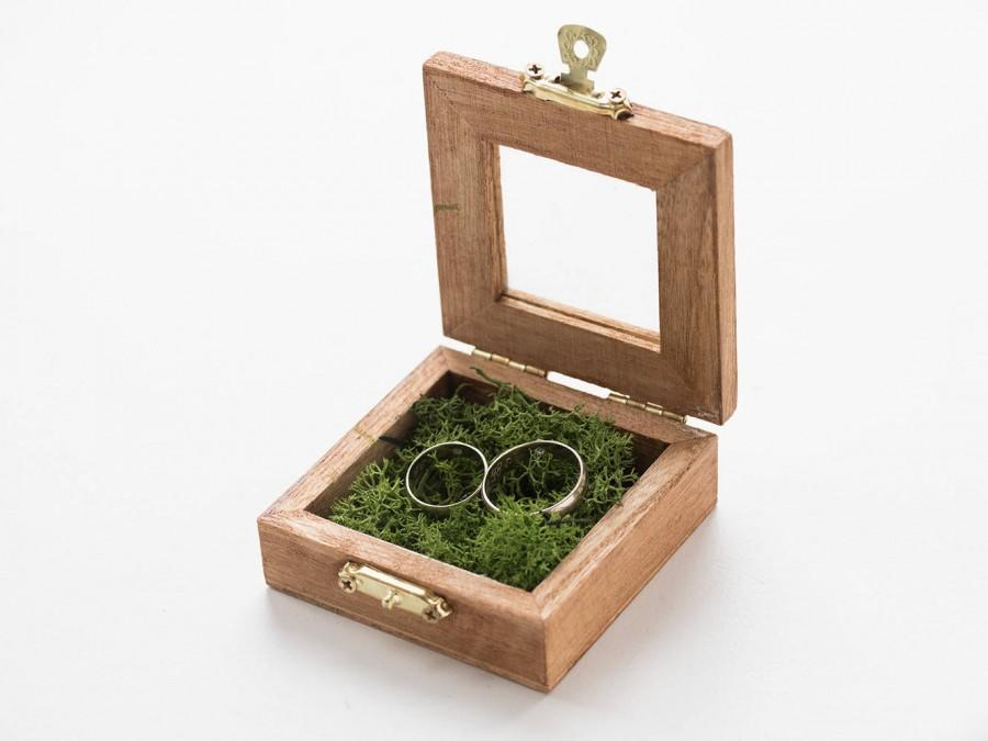 Mariage - Wedding ring box, Personalized wedding box Engraved ring box Ring Bearer Box Wood ring box with glass lid Custom ring box Ring pillow Holder