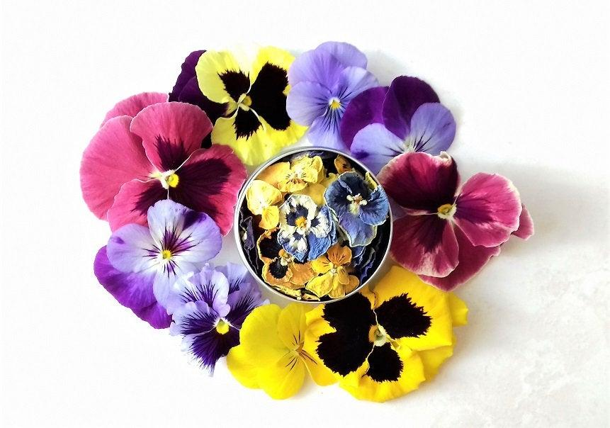 Wedding - Organic Pansy Organic Viola Whole Flowers, Edible Flower/Natural Flower Cake Decor/Culinary Flower