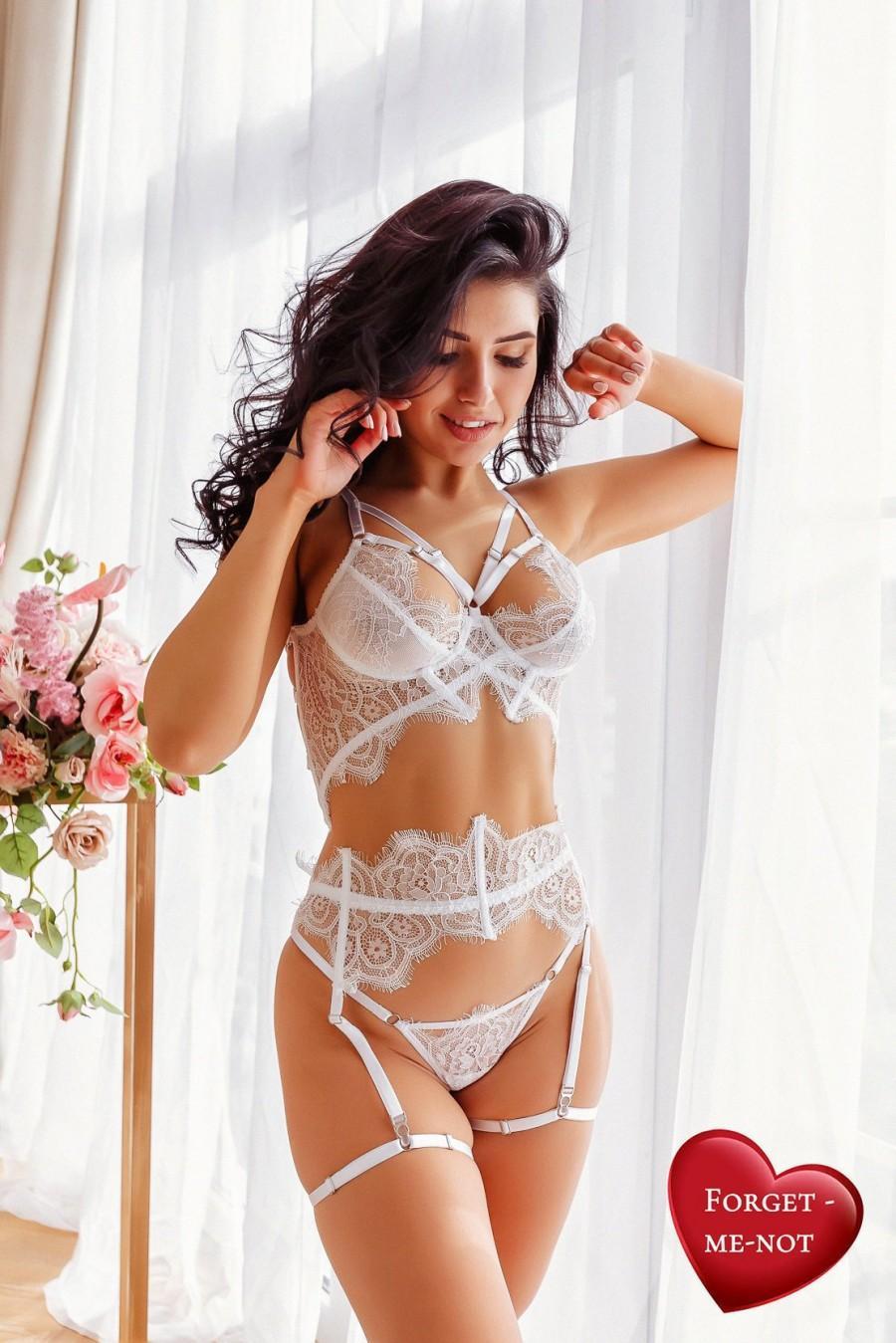 Свадьба - Bridal Lingerie Set, Wedding Gift, White Lace Lingerie, Gift for Bride, Garter belt, Sexy Bra, Lace Thong, Sexy Lingerie, Honeymoon lingerie