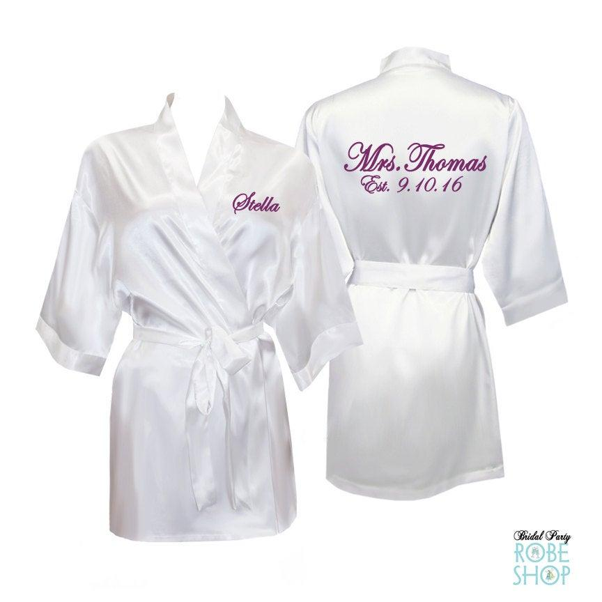 Свадьба - Bridal robes, Personalized Satin Bridal Robe, Satin Bride Robe, Personalized Mrs. Robe, bridal shower gifts, bridal party robes, bride gift